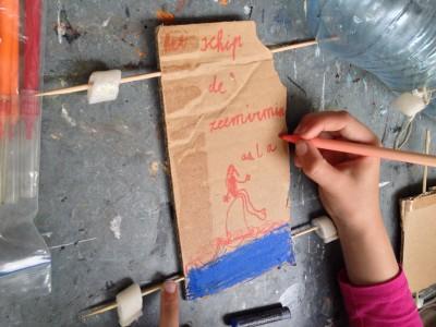 knutselen zeilschip (door E, 7 jaar)